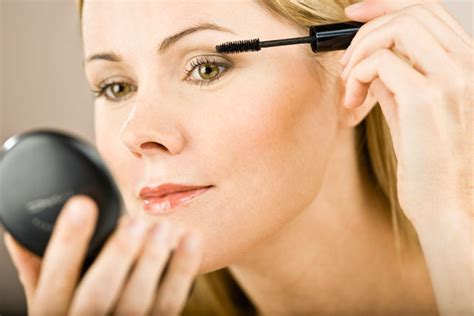 Make Up Beautistyle make up mistakes that make us look s way