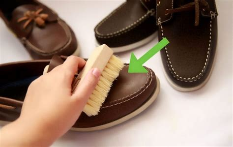 how to clean sperry boat shoes how to clean boat shoes leather style guru fashion