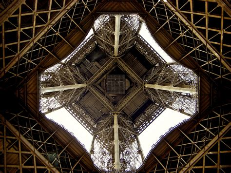 Eiffel Tower Interior | wallpaper eiffel tower