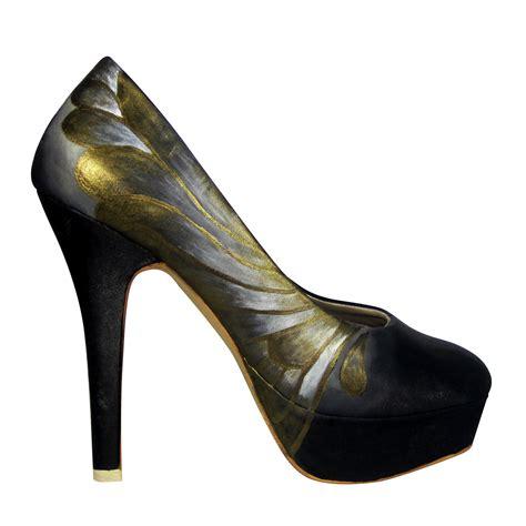 Connexion Sepatu Flat Sz 38 sepatu cantik sepatu lukis butterfly platform hitam