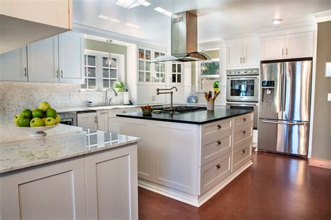 Huntwood Cabinets by Staggering Huntwood Cabinets Prices Decorating Ideas