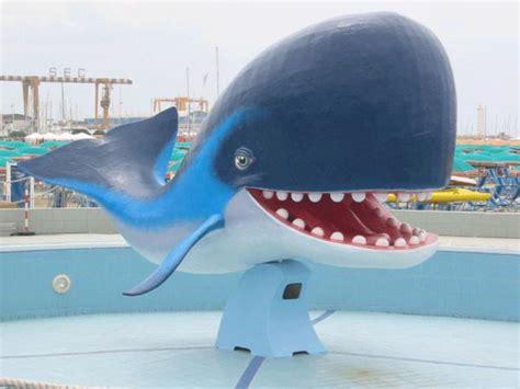 bagno balena viareggio balena bagno balena passeggiata viareggio