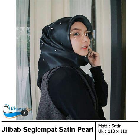 Jilbab Segi Empat Tar jilbab segiempat satin pearl kerudung segi empat