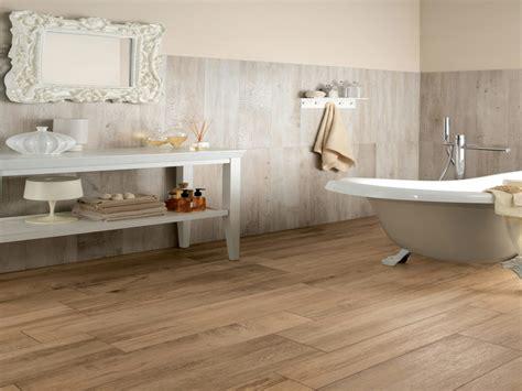 Vinyl floor for bathroom, grip strip resilient tile