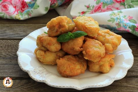 frittelle ai fiori di zucca lievitate frittelle di fiori di zucchine crude quot gonfie quot frittelle