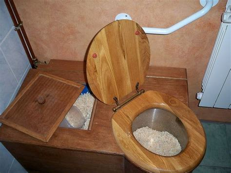 Composting Toilet Smell by Composting Toilet It Is In The Bathroom Attached To My