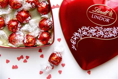 lindt chocolate s day i lindt tea time in