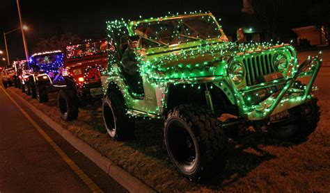 christmas parade jeep christmas jeep decorated for 2008 hton holly days