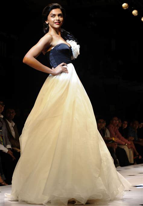 Wardrobe Of Deepika Padukone by Deepika Padukone In Lakme Fashion Week 2010 Stills Pics