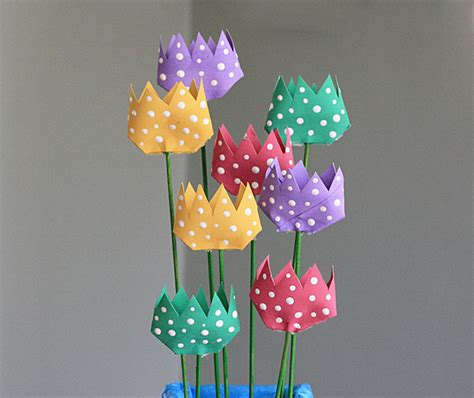 All Free Paper Crafts - diy toilet paper roll tulips allfreepapercrafts