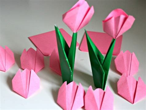 Tulips Origami - 50 awesome and easy craft ideas for