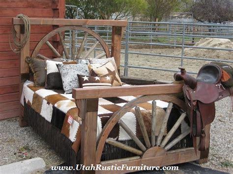 Bradley S Furniture Etc Wagon Wheel Barnwood Bedroom Wagon Wheel Bed Frame