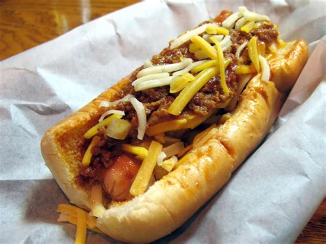 chilly dogs city billiards roadfood