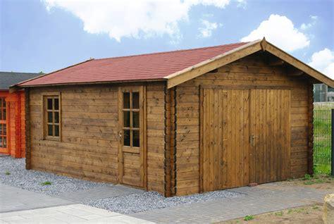 gartenhaus garage holzgarage als kompromiss zwischen carport und garage
