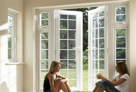 eingangst ren nach au en ffnend agat pcvfenster und t 252 ren aus polen fabrik holz und