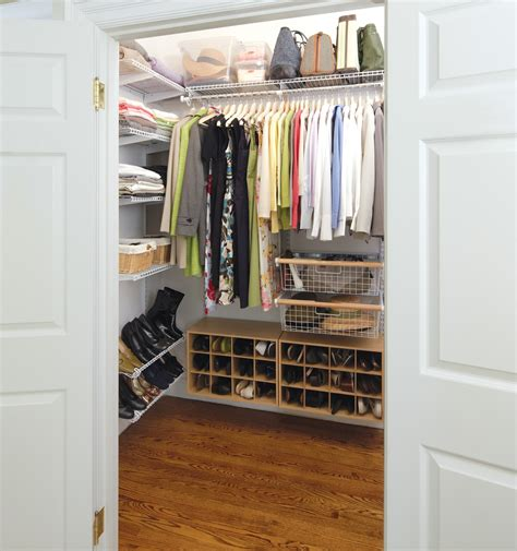 Closet Uk by Rubbermaid Homefree Series Closet System Rubbermaid