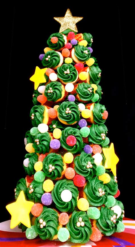 butrcreamblondi holiday cupcake tree