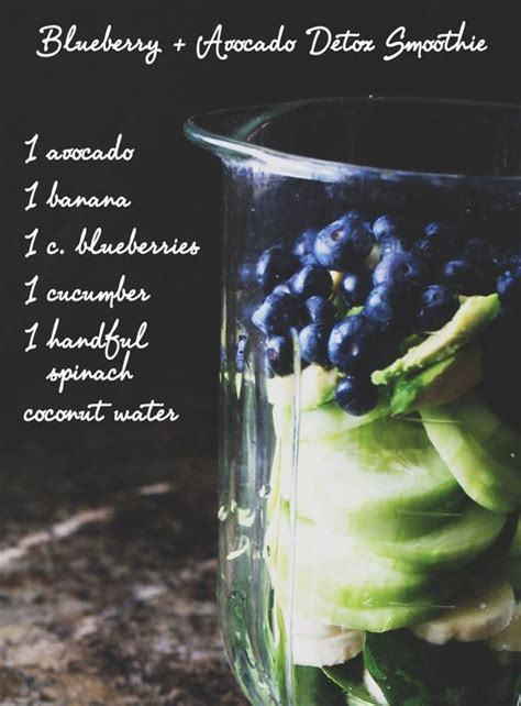 Blueberry Detox Drink by Detox Smoothie And Blueberries On