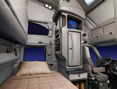 Semi Truck Inside Sleeper by Kenworth Sleeper Cabs Interior View Images