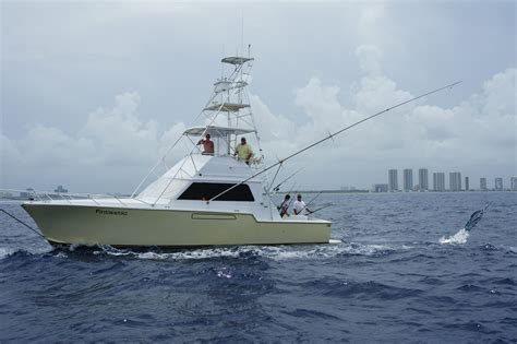 boat rental miami groupon therapy iv deep sea fishing experience miami beach fl