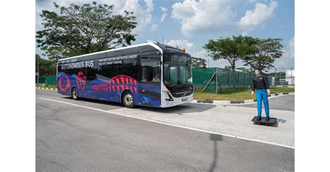 volvo  singapore university ntu unveil worlds  full size autonomous electric bus
