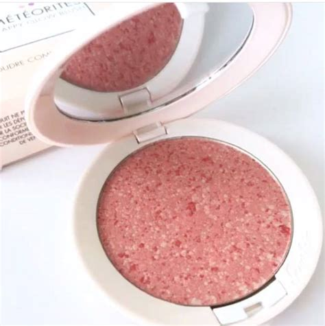 Guerlain Meteorites Happy Glow Blush On guerlain meteorites perles and meteorites happy glow blush