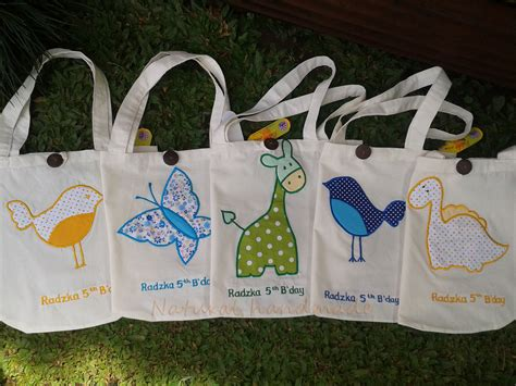 Goodie Bag Totebag Blacu Souvenir Tas Tas Blacu Uk 25 35 1 goody bag blacu handmade souvenir event anak