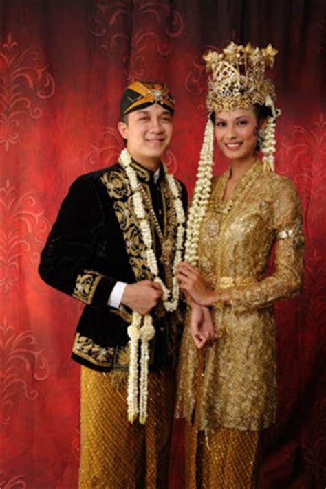 Gelang Wanita Dua Permata Besar fashion pakaian adat pengantin