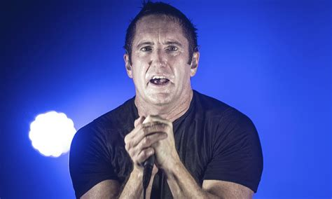 celebreties nails trent 2015 trent reznor says new nine inch nails album coming in 2016