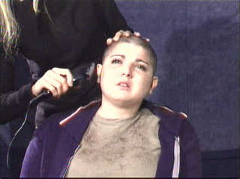 haircut ladies in prison forced haircut in female prison interviews reveal new clues