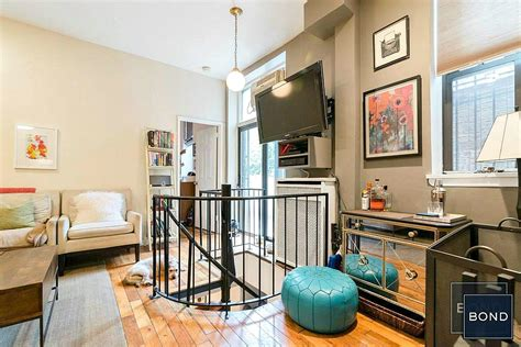 upper west side appartments live the upper west side dream in a brownstone apartment off central park for 4 800