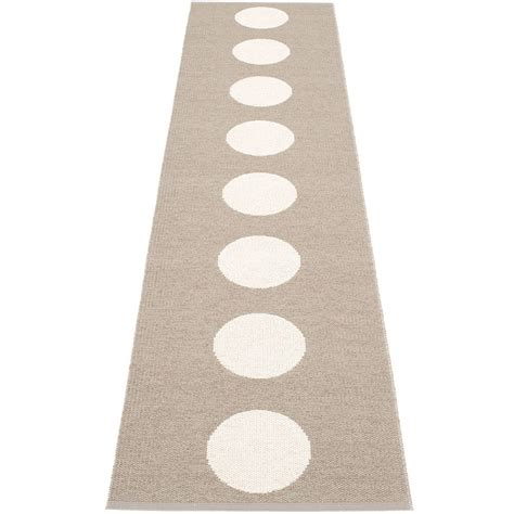 mud rug runner pappelina vera mud vanilla runner hus hem scandinavian design for the house and home