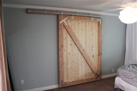 Diy Sliding Barn Door Plans Diy Sliding Barn Door Kitchen