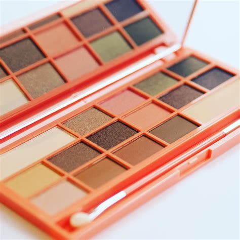 Chocolate And Palette just launched makeup revolution i makeup i