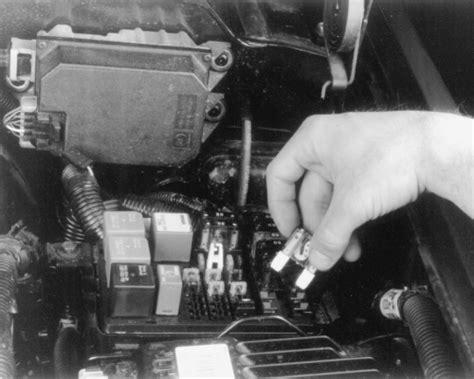 repair guides circuit protection fuse block  convenience center autozonecom