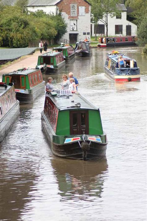 boating holidays england canal boat hire england uk canal boat holiday hire andersen boats uk canal boating