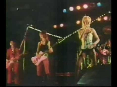 503329 the runaways kive in japan the runaways cherry bomb live japan 1977 oldschoolcoolmusic