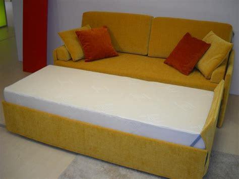 divani a letto in offerta divano letto duetto in offerta in offerta fino al 30 06 15