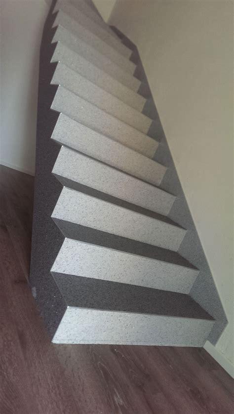 Steinteppich Auf Holztreppe by Steinteppich Treppe Steinteppich In Nrw