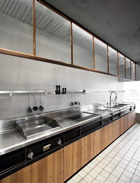 Skin Kitchen by Skin Kitchen By Minacciolo