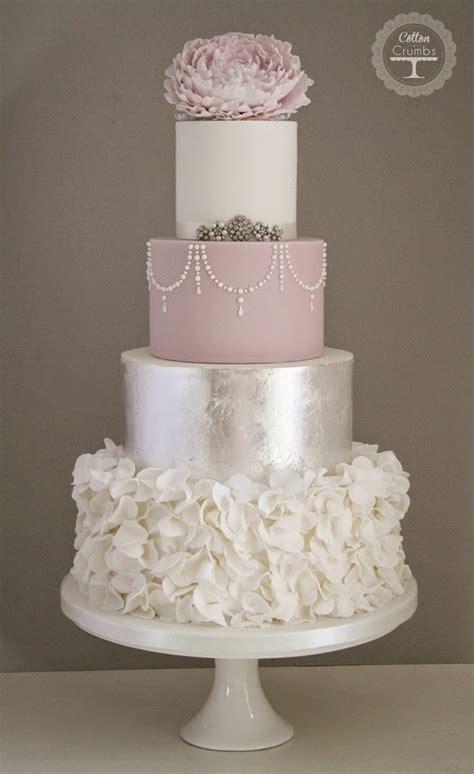 trending 25 stunning mauve wedding wedding trends metallic cakes the magazine