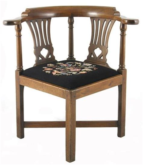 late 18th early 19th c chippendale small