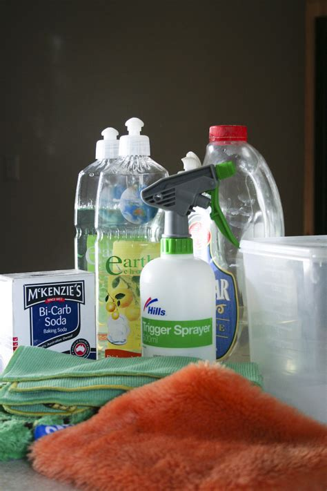 spring cleaning hacks 13 clever spring cleaning hacks to clear out the cobwebs