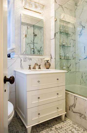 calcutta marble bathroom