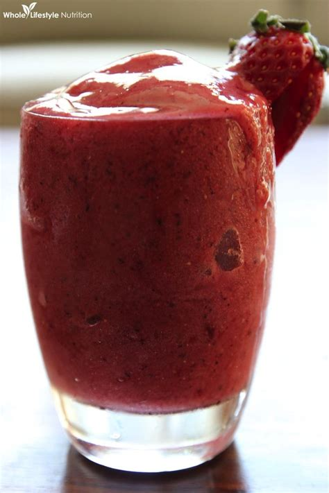 strawberry banana kombucha smoothie a vitamix recipe