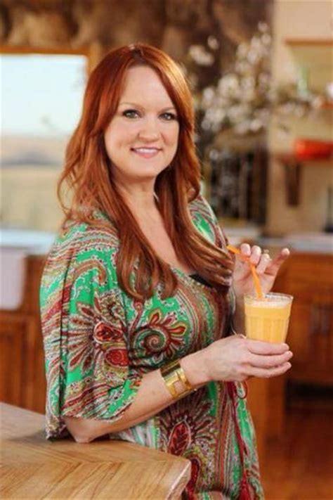ree drummond signs pioneer woman cooks dinnertime comfort classics freezer food 16 minute