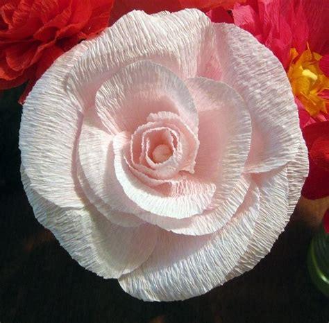 fiori di carta crespa come realizzare fiori di carta crespa fiori di carta