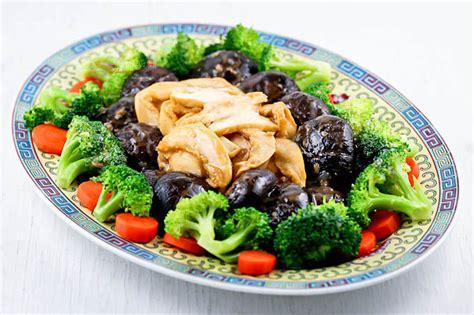 new year abalone braised mushrooms and abalone malaysian kitchen