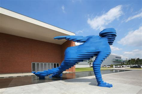 colossal sculpture of skater by xavier veilhan scene360