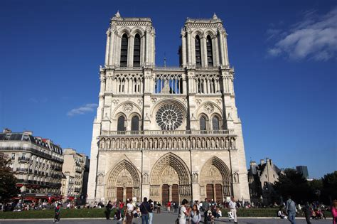 notre drame de paris 2226397868 notre dame cathedral paris yallabook